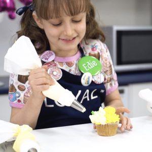 The LOYAL Cupcake Decorating Kit